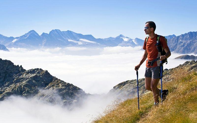 Quel matériel de randonnée pour faire un trek dans les Alpes ?