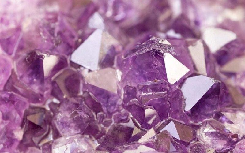 Comment choisir sa pierre naturelle en lithothérapie ?