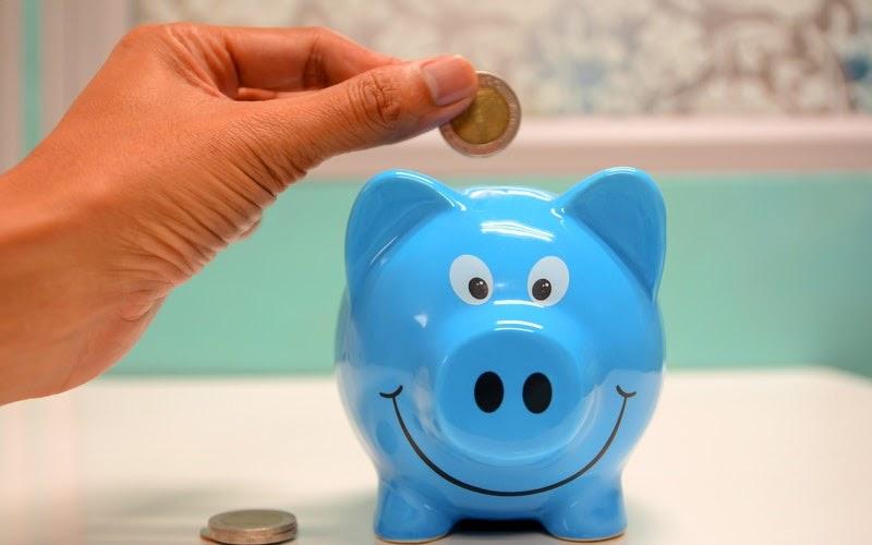 7 conseils pour économiser 100 EUR par mois