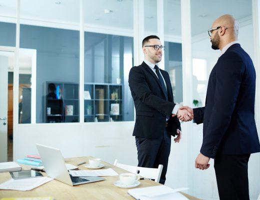 Quand faire appel à un agent commercial pour votre entreprise ?